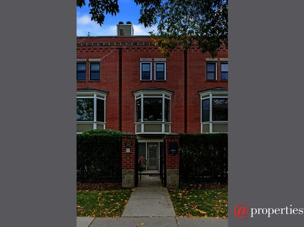 3 bed 2 bath Townhouse at 3847 N Fremont St Chicago, IL, 60613 is for sale at 399k - 1 of 16