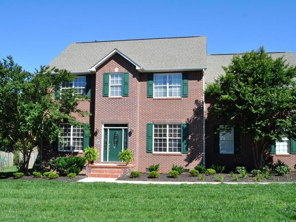 3 bed 3 bath Single Family at 1813 Fleming Valley Ln Knoxville, TN, 37938 is for sale at 275k - 1 of 24
