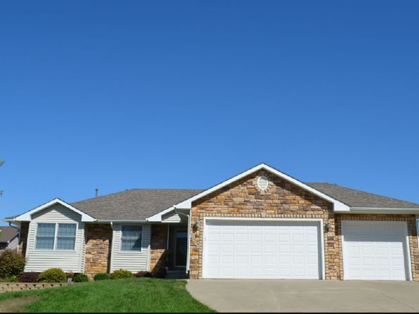 4 bed 3 bath Single Family at 5934 Robin Rd Pleasant Hill, IA, 50327 is for sale at 285k - 1 of 21