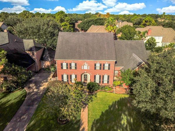 5 bed 4 bath Single Family at 1606 Pebble Chase Dr Katy, TX, 77450 is for sale at 530k - 1 of 32