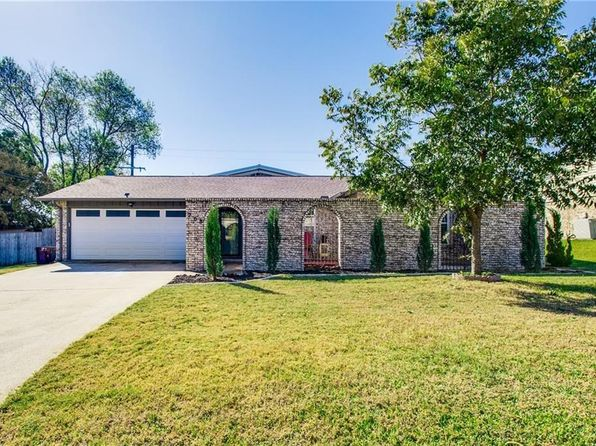 3 bed 2 bath Single Family at 208 Springway Dr Highland Village, TX, 75077 is for sale at 233k - 1 of 28