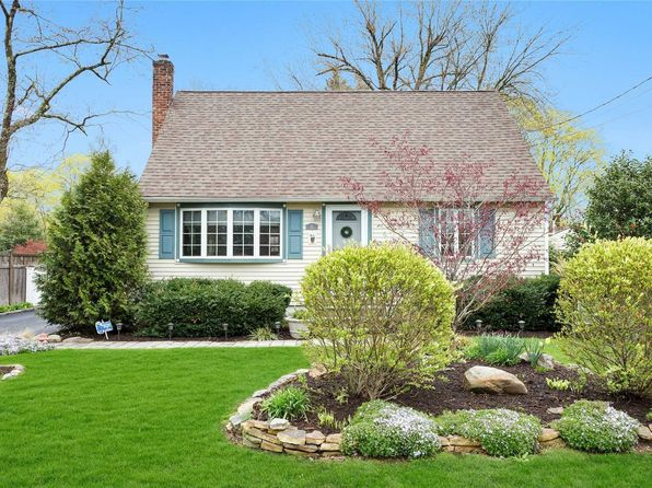 4 bed 3 bath Single Family at 12 CENTRAL ST GREENLAWN, NY, 11740 is for sale at 480k - 1 of 20