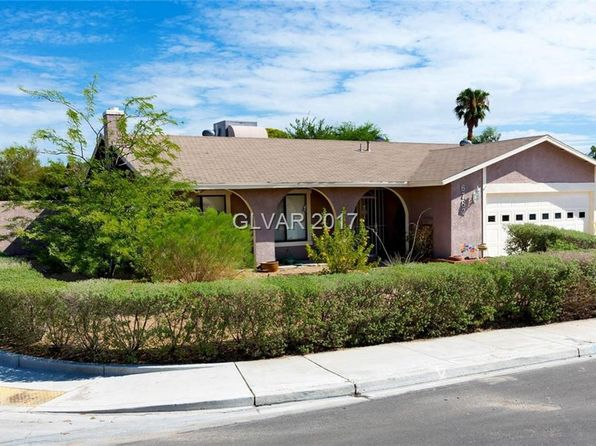 Amazing Outside Patio   Spring Valley Real Estate   Spring Valley Las Vegas Homes  For Sale | Zillow