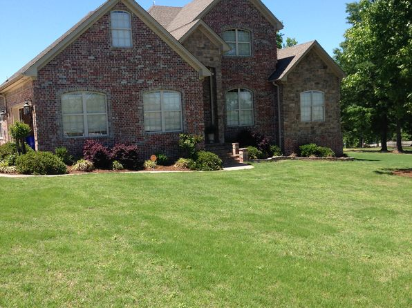 5 bed 3 bath Single Family at 10 McCabe Dr Greenbrier, AR, 72058 is for sale at 275k - 1 of 27