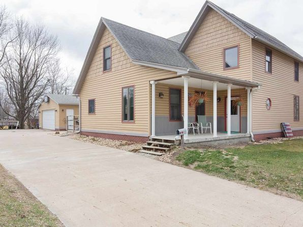 4 bed 3 bath Single Family at 714 9th Ave Fulton, IL, 61252 is for sale at 147k - 1 of 21