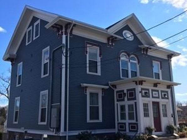 1 bed 1 bath Condo at 107 Highland Ave Salem, MA, 01970 is for sale at 259k - 1 of 9