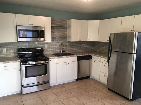 3 bed 1 bath Single Family at 1402 S 18th St Pekin, IL, 61554 is for sale at 73k - 1 of 19