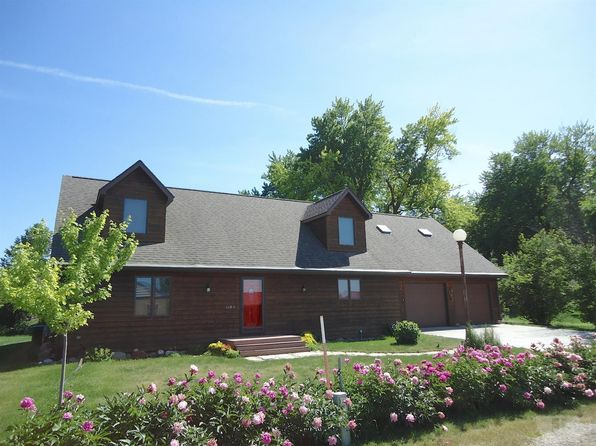 3 bed 3 bath Single Family at 114 White Cap Rd Storm Lake, IA, 50588 is for sale at 219k - 1 of 23