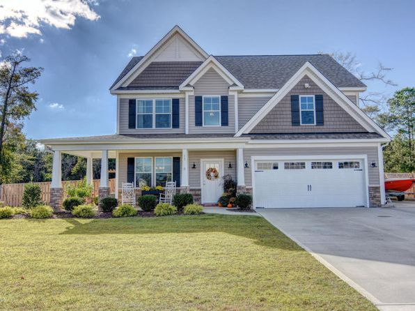 3 bed 3 bath Single Family at 17 Fletcher Ln Hampstead, NC, 28443 is for sale at 285k - 1 of 31