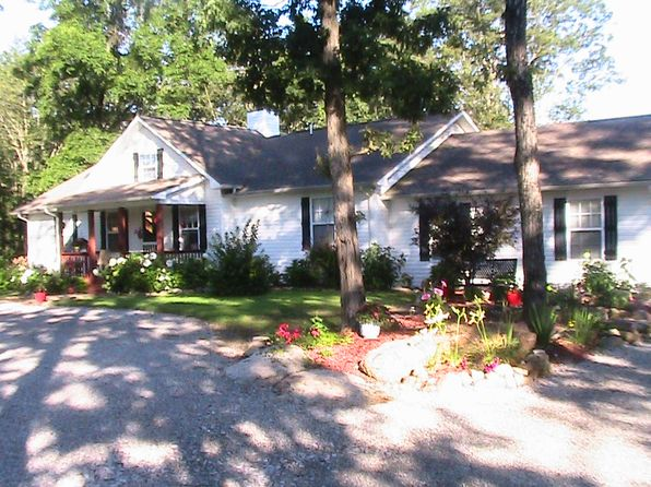 3 bed 2 bath Single Family at 1169 Porch Rock Rd Pikeville, TN, 37367 is for sale at 220k - 1 of 15