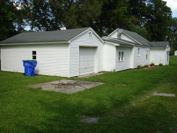 1 bed 1 bath Single Family at 140 Walnut St Butler, IN, 46721 is for sale at 39k - google static map