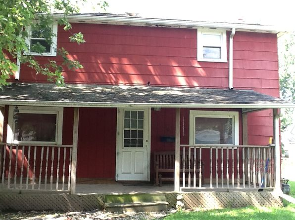 3 bed 2 bath Single Family at 404 N West St Le Roy, IL, 61752 is for sale at 81k - 1 of 10