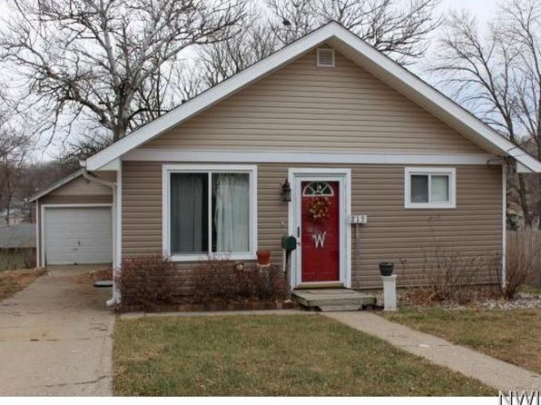 2 bed 2 bath Single Family at 215 S Fawcett St Sioux City, IA, 51103 is for sale at 88k - 1 of 7