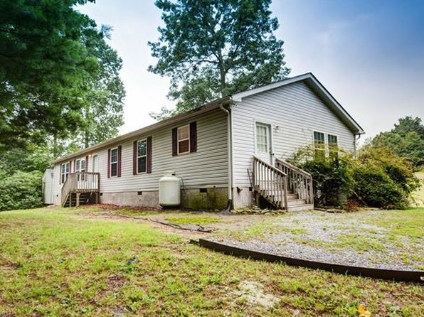 3 bed 2 bath Single Family at 84 Barnwell Acres Dr Hendersonville, NC, 28792 is for sale at 650k - 1 of 24