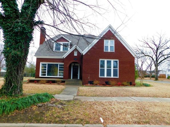 5 bed 3 bath Single Family at 713 S COMMERCE AVE RUSSELLVILLE, AR, 72801 is for sale at 225k - 1 of 36