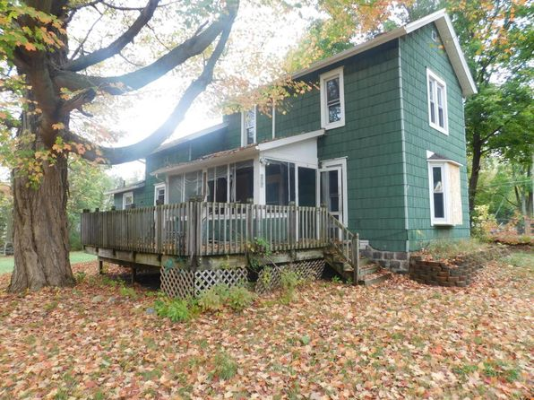 3 bed 1 bath Single Family at 217 E Pine St Albion, MI, 49224 is for sale at 16k - 1 of 29