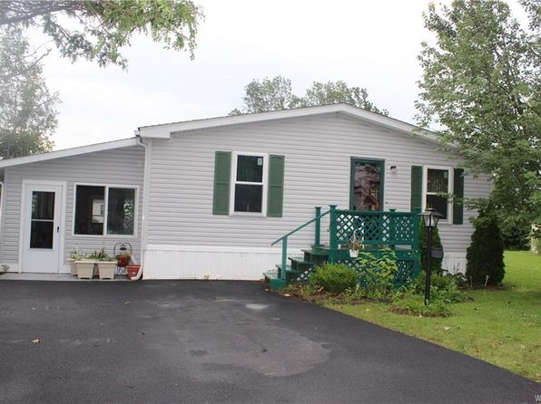 3 bed 2 bath Single Family at 1001 Ridgewood Dr Lockport, NY, 14094 is for sale at 56k - 1 of 10