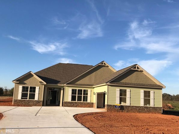 4 bed 3 bath Single Family at 270 Reserve Pl Senoia, GA, 30276 is for sale at 321k - 1 of 2