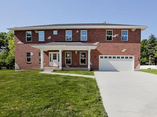 4 bed 4 bath Single Family at 306 Essen Ln Ballwin, MO, 63021 is for sale at 380k - 1 of 29