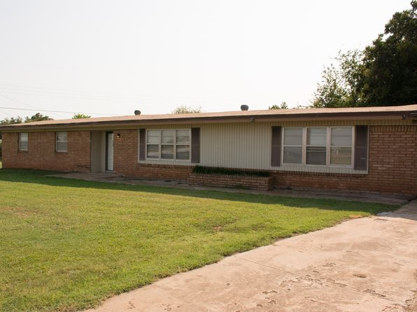 3 bed 3 bath Single Family at 4 Morrow Dr Chickasha, OK, 73018 is for sale at 170k - 1 of 22