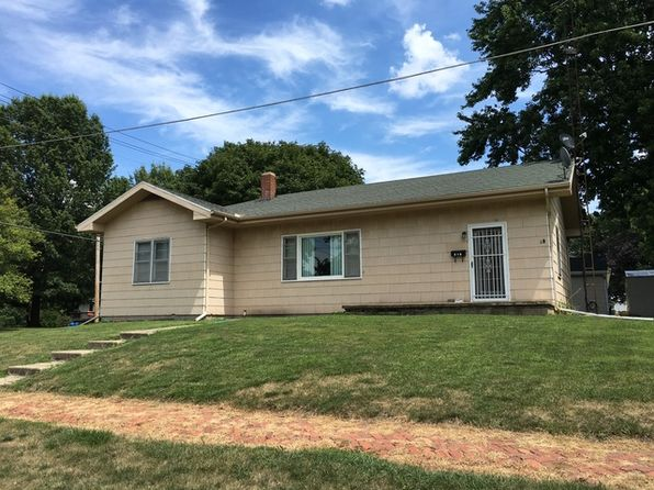 3 bed 2 bath Single Family at 218 N Main St Farmer City, IL, 61842 is for sale at 78k - 1 of 6