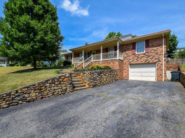 3 bed 3 bath Single Family at 439 Aragona Dr Vinton, VA, 24179 is for sale at 180k - 1 of 28