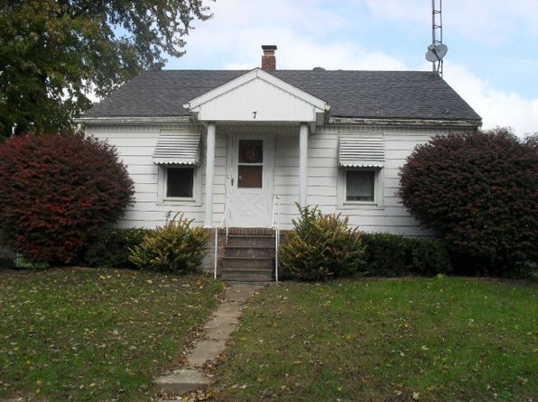 2 bed 1 bath Single Family at 7 HOLLOWAY CT BISMARCK, IL, 61814 is for sale at 60k - google static map