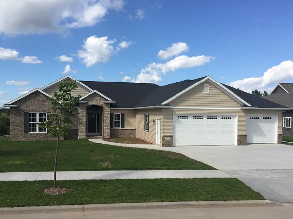 3 bed 3 bath Single Family at 490 Albert Way Appleton, WI, 54915 is for sale at 365k - 1 of 22