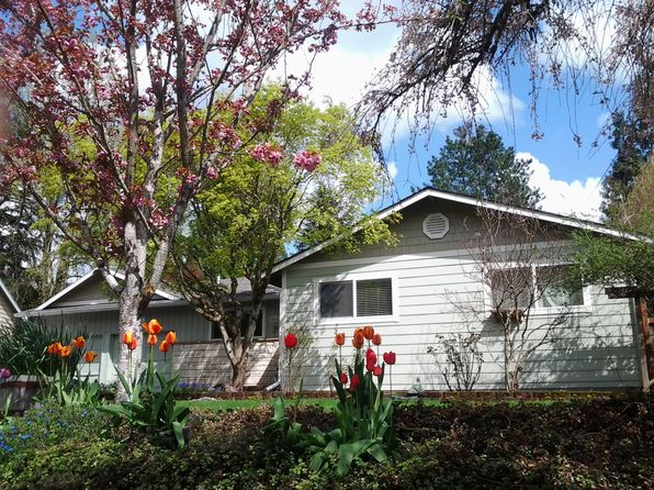 7 bed 3 bath Single Family at 14542 Rainbow Dr Lake Oswego, OR, 97035 is for sale at 590k - 1 of 8