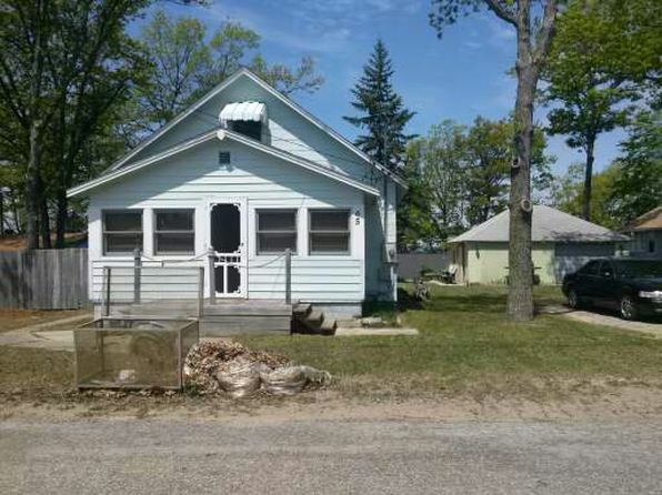 3 bed 2 bath Single Family at 65 E Houghton Lake Dr Prudenville, MI, 48652 is for sale at 100k - 1 of 8