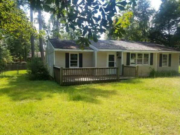 3 bed 2 bath Single Family at 209 W Oliver St Whiteville, NC, 28472 is for sale at 40k - google static map