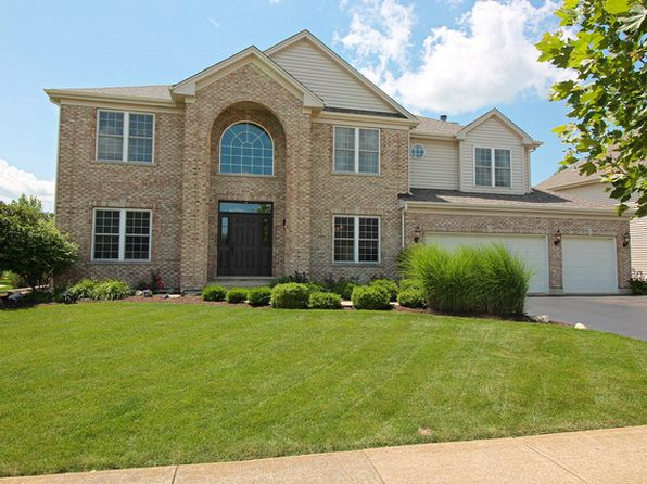 5 bed 4 bath Single Family at 1010 Estancia Ln Algonquin, IL, 60102 is for sale at 540k - 1 of 47