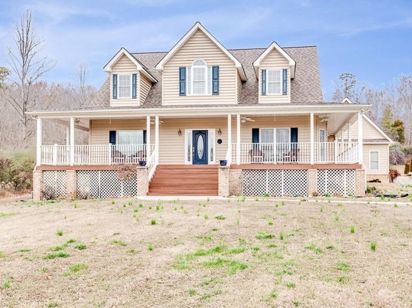 4 bed 4 bath Single Family at 1911 Bull Run Valley Rd Powell, TN, 37849 is for sale at 440k - 1 of 40
