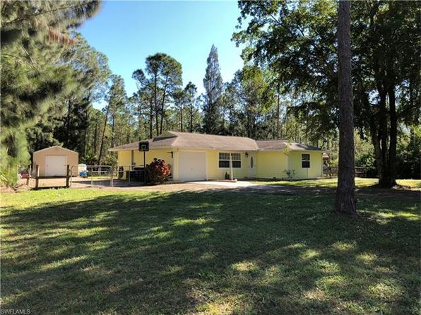 2 bed 2 bath Single Family at 20540 FERN CIR NORTH FORT MYERS, FL, 33917 is for sale at 129k - 1 of 18
