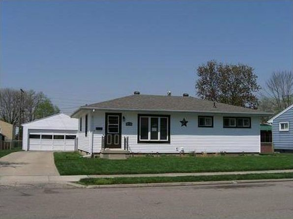 2 bed 1 bath Single Family at 534 Glendale Dr Troy, OH, 45373 is for sale at 103k - 1 of 4