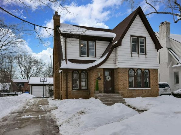 3 bed 3 bath Single Family at 4653 N Morris Blvd Whitefish Bay, WI, 53211 is for sale at 385k - 1 of 25