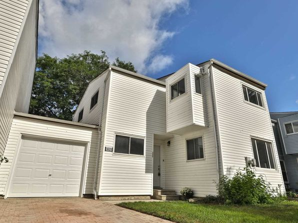 Mississauga Real Estate - Mississauga ON Homes For Sale   Zillow on zillow home values lookup, phoenix real estate, zillow directions, gis in real estate, zillow home values zillow zestimate, zillow search by map, trulia real estate,