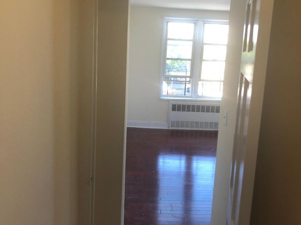 Surprising Apartments For Rent In Bronx Ny Zillow Beutiful Home Inspiration Xortanetmahrainfo