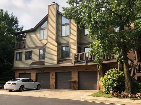 Enjoyable Ramblewood Mt Laurel Townhomes Townhouses For Sale 6 Home Interior And Landscaping Mentranervesignezvosmurscom