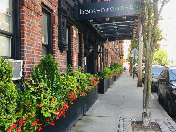 Elmhurst Real Estate - Elmhurst New York Homes For Sale | Zillow