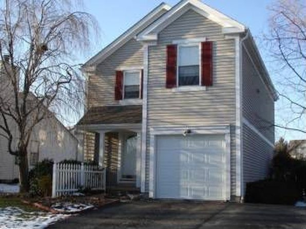 3 bed 3 bath Single Family at 5259 Saddlebrook Dr Columbus, OH, 43221 is for sale at 215k - 1 of 2