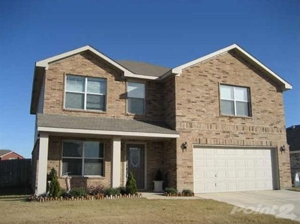 3 bed 3 bath Single Family at 120 Thoroughbred Dr Krum, TX, 76249 is for sale at 220k - 1 of 59
