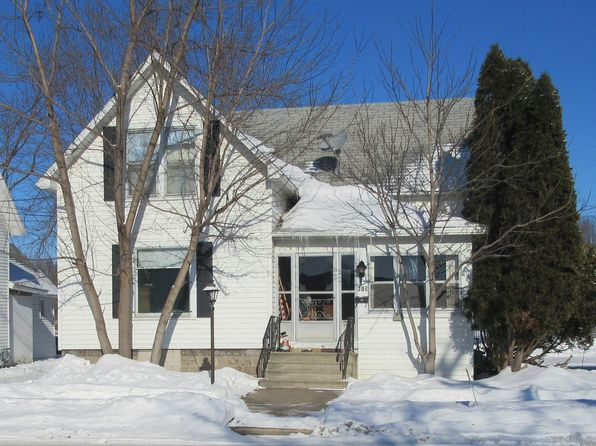 4 bed 1 bath Single Family at  415 W Waupaca New London, WI, 54961 is for sale at 55k - 1 of 26