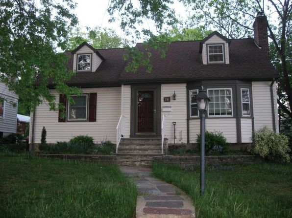 4 bed 2 bath Single Family at 370 Windsor St North Plainfield, NJ, 07060 is for sale at 280k - 1 of 23