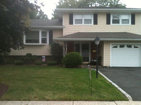 3 bed 3 bath Single Family at 2520 Macarthur Dr Union, NJ, 07083 is for sale at 386k - 1 of 29