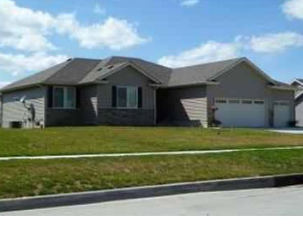 4 bed 3 bath Single Family at 1348 90th St West Des Moines, IA, 50266 is for sale at 305k - 1 of 26