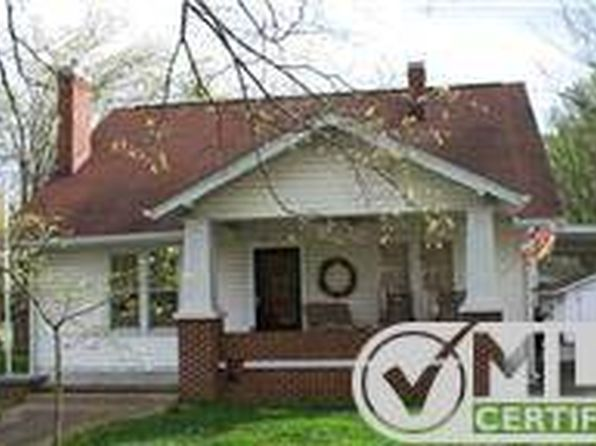 5 bed 2 bath Single Family at 212 N Washington St Tullahoma, TN, 37388 is for sale at 145k - 1 of 16