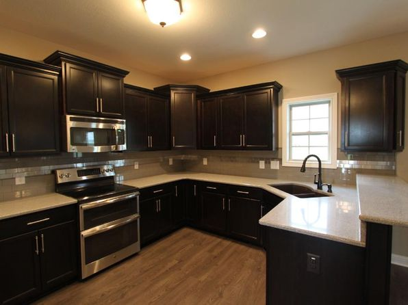 4 bed 3 bath Single Family at 1156 Upland Ter Clarksville, TN, 37043 is for sale at 273k - 1 of 25