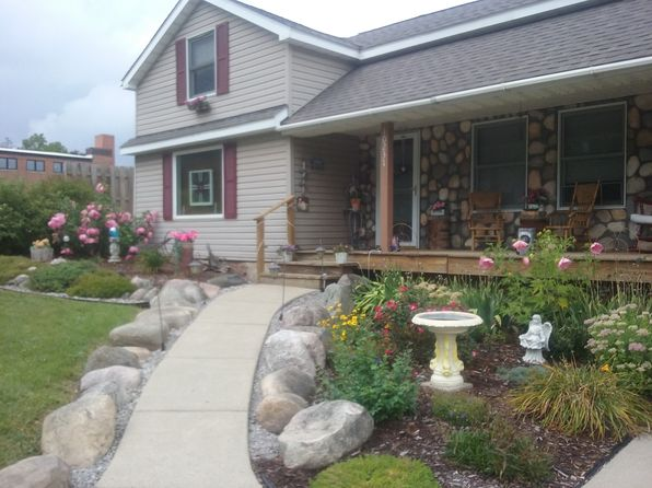 3 bed 3 bath Single Family at 10237 ERIE ST GOODRICH, MI, 48438 is for sale at 139k - 1 of 13