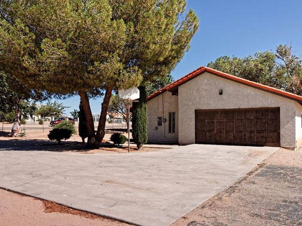 3 bed 2 bath Single Family at 11833 Arroyo Ave Hesperia, CA, 92345 is for sale at 225k - 1 of 24